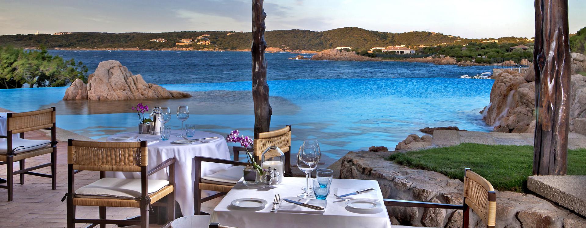 Вид из ресторана Hotel Pitrizza