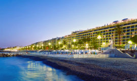 ночной пляж Ниццы