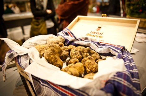 Фестиваль белого трюфеля в Альбе