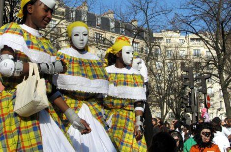 Карнавал в Париже