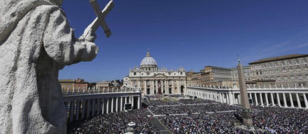 Пасхальное триденствие в Ватикане