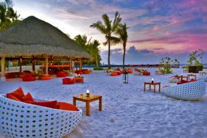 Наблюдения закатов на Мальдивах