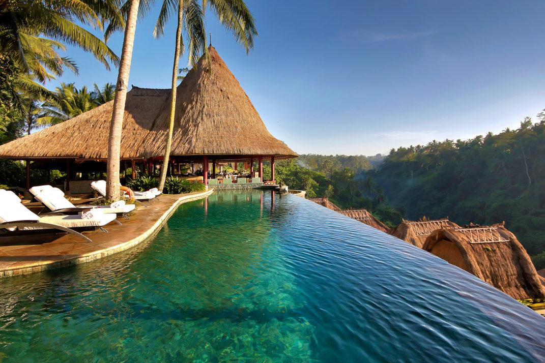 Отель в тропиках Бали