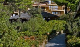Территория на курорте Roccamare